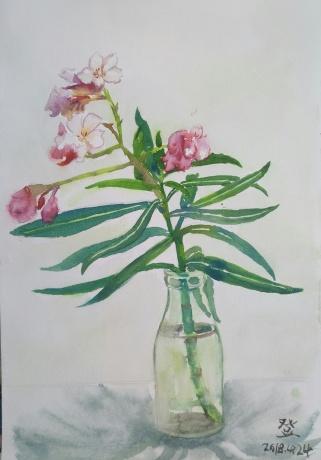 春拍,瓶子上的花