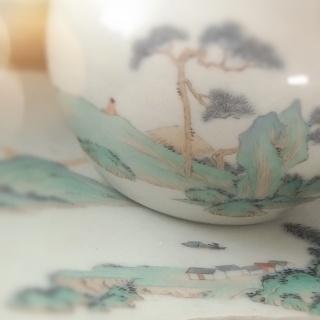 多年前刚入陶瓷行业一师傅说我出的山水样品卖不出去,多年后我出的山水样品让一个零基础的人画,还卖了一年!